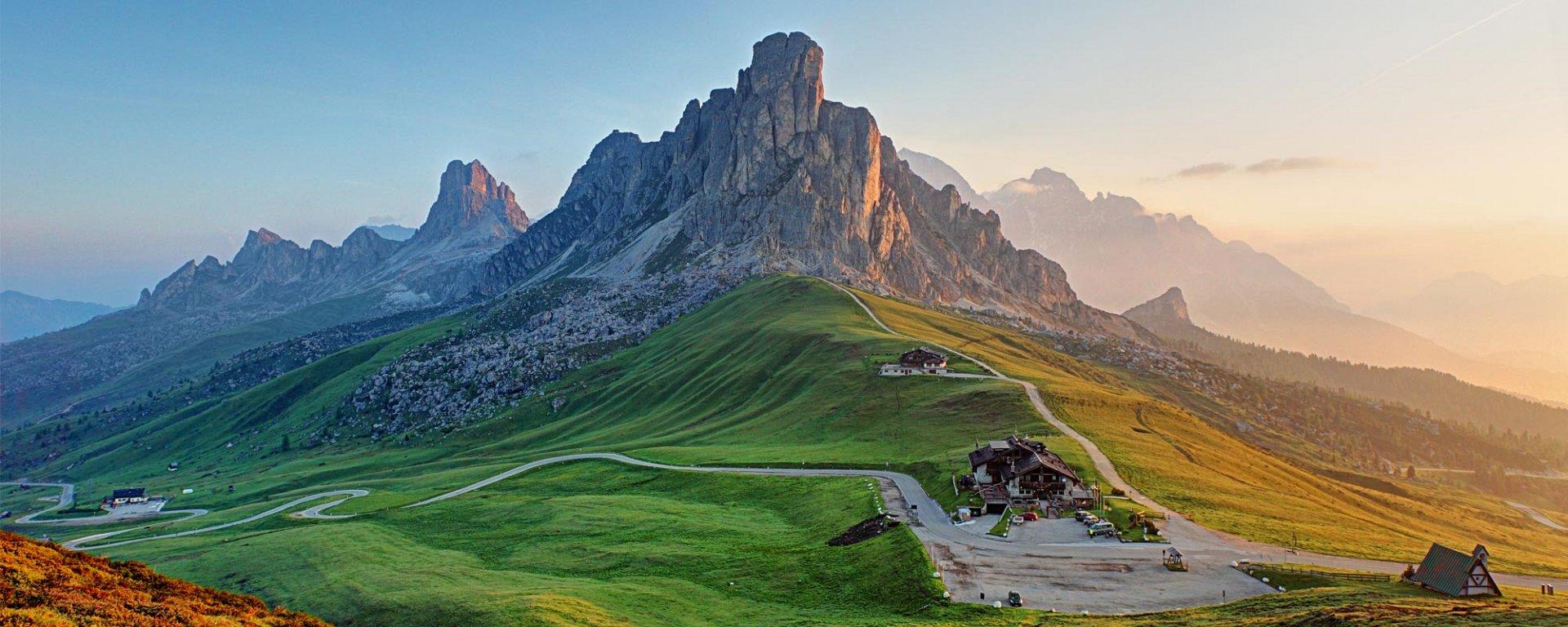 Dolomiti hotel dolomiti vacanze in montagna for Vacanze in montagna
